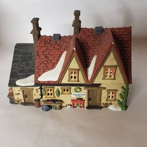 Dept 56 Butter Tub Farm House